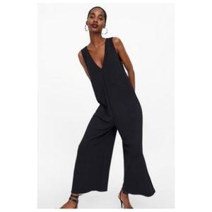 [Zara] Black Wide Leg Jumpsuit with Straps Large